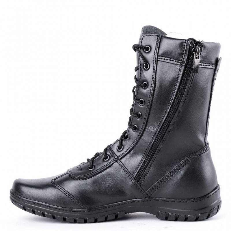 boots with zipper