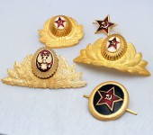 Soviet Military Communist Russian Hammer And Sickle Badge Gift Set
